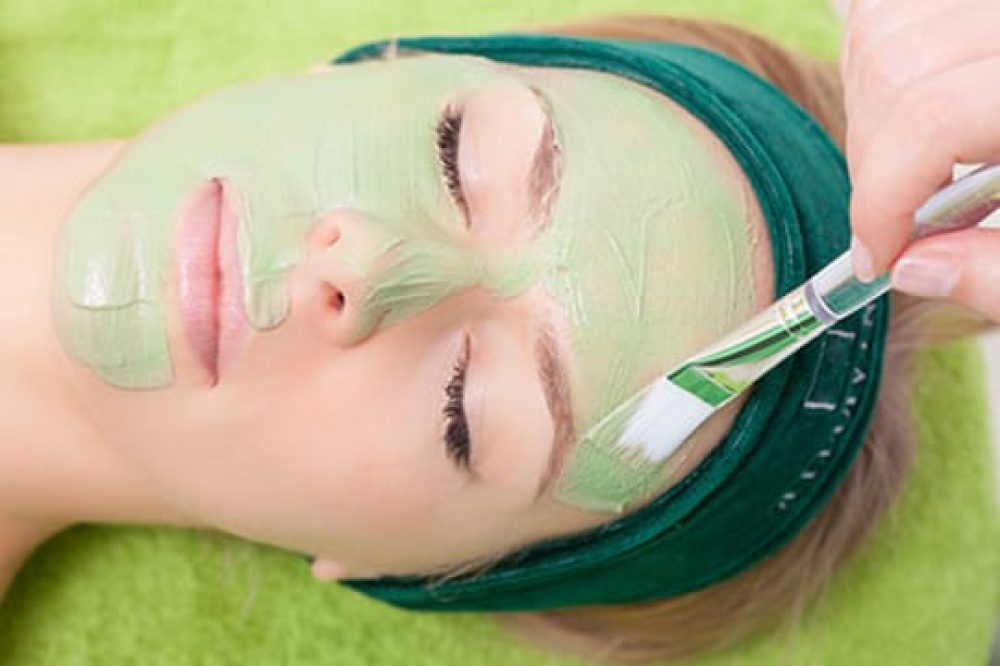 diVINE_SPA_Pressd_For_Time_Facial